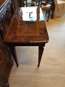 Möbelrestauration am Beispiel eines Tischs